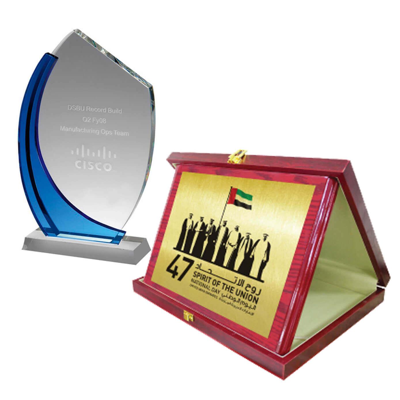 crystal & wooden award (1)